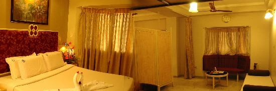 Hotel Saratha Rajans: SUITE ROOM