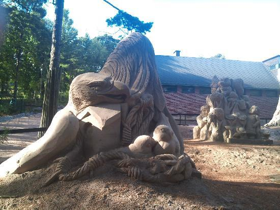 Helsinki Zoo: Sand sculptures exposition