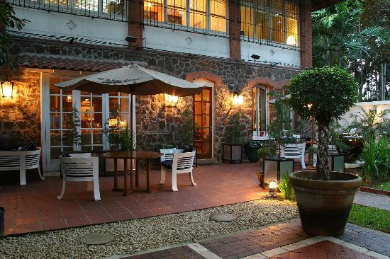 La Chesa : Our garden oasis. Highly recommended for a private event or just a pre-dinner glass of prosecco.