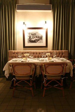 La Chesa : Have a seat!