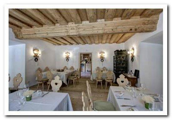 Locanda Ristorante Ospitale: Restaurant salle Stufa Verde
