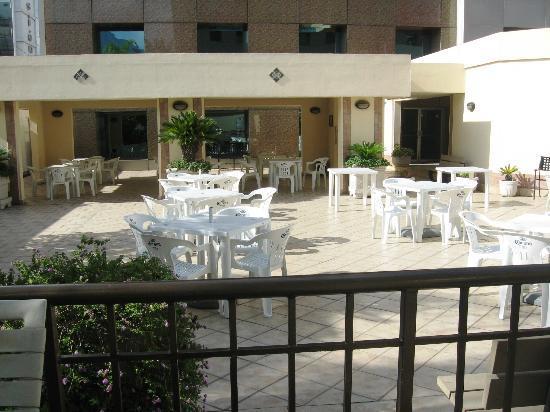 iStay Hotel Monterrey Historico: AREA RECREATIVA JUNTO A LA ALBERCA