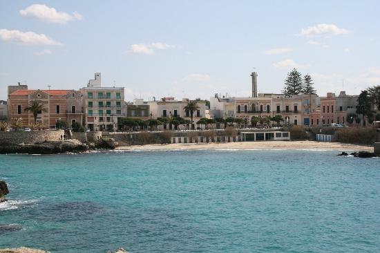 Santa Maria al Bagno view from the piazza - Picture of Spiaggia ...