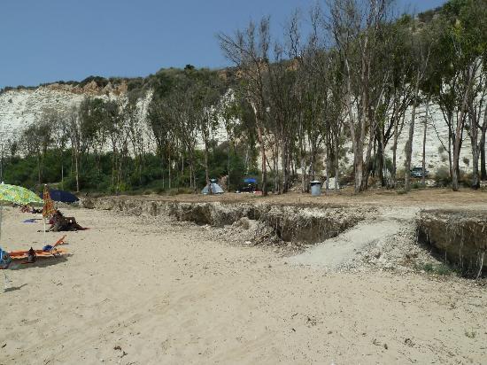 Eraclea Minoa Village: Spiaggia e vista camping...