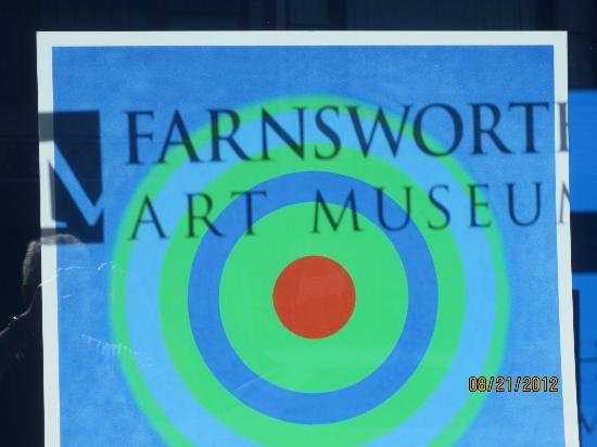 Farnsworth Art Museum: Sing in window