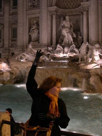 Rome Free Tour : FONTANA DI TREVI