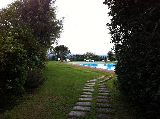 Villa Borgo San Pietro: La piscina