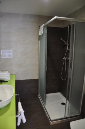 Pension Kursaal: Great shower!