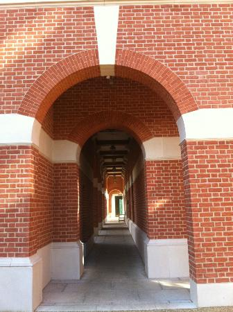 Lady Margaret Hall: Archway on the ground