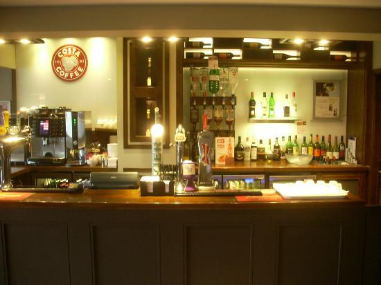 il bar nella zona ristorante