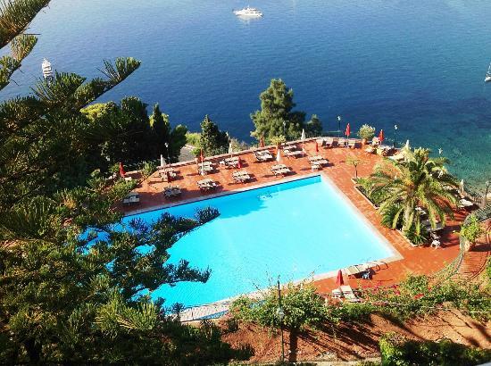 La bella piscina picture of hotel villa diodoro for Hotel villa taormina