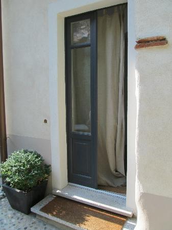 Guesthouse Castagnola: Our Door