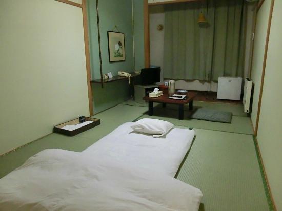 Hokkai Hotel : 和室 室内