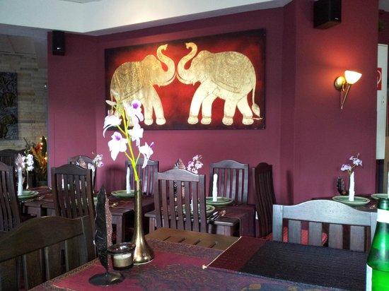 Gold Elephant Royal Thai Cuisine: Inneneinrichtung