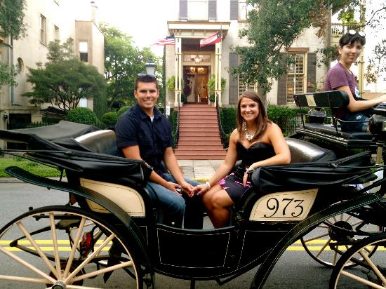 The Gastonian - A Boutique Inn: Carriage Ride that dropped us off back at the Gastonian