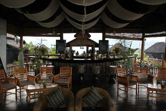 Myanmar Treasure Inle Lake: Bar & lounge