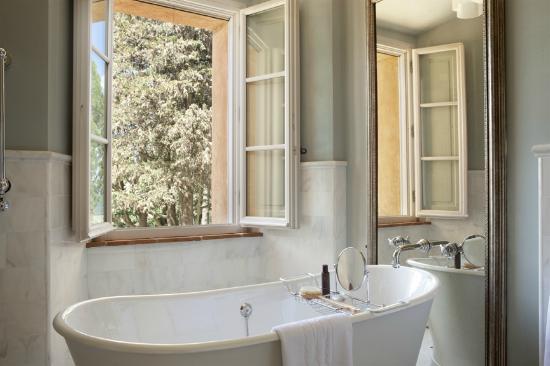 Castello di Casole Private Estate & Spa: Bathroom