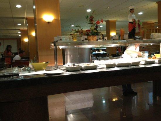 Comedor-buffet - Picture of Hotel Best Siroco, Benalmadena - TripAdvisor