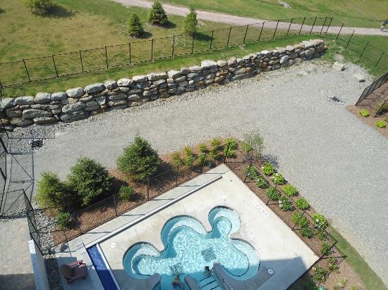 Jay Peak Resort: hot tubs