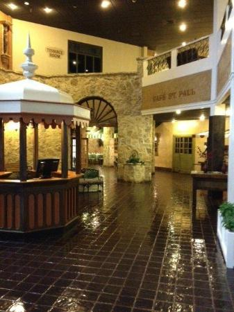 Rodeway Inn North Conference Center: Lobby
