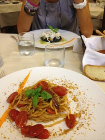 A Lanterna: Primi piatti- Spaghettone e Tagliatella