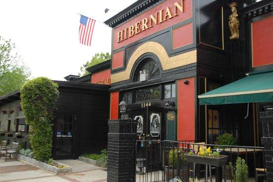 Hibernian Irish Pub & Restaurant