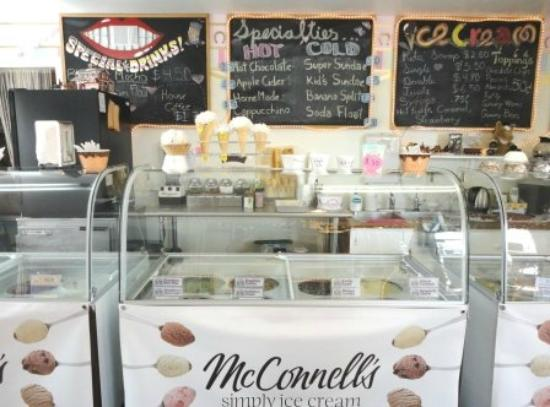 Solvang Trolley Ice Cream Parlor: 24 flavors to choose from!