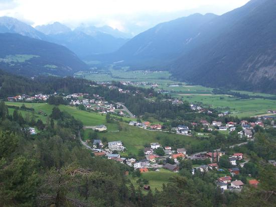 Hotel Appartement Winkler: view of imst and surrounding villages and mountains