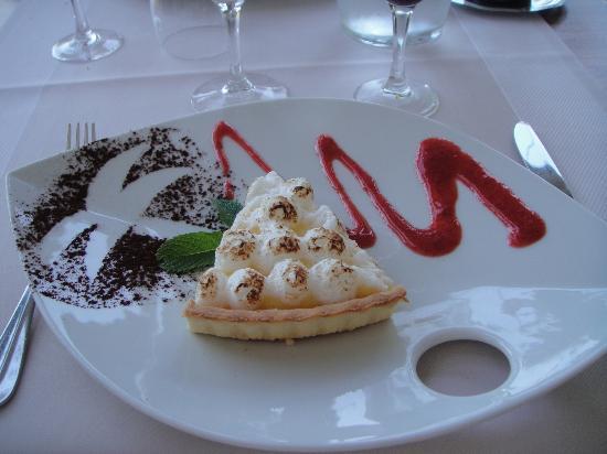 Garrigae Manoir de Beauvoir: dessert: tarte meringuée au citron