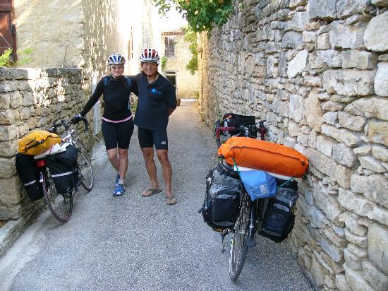 La Maison de Leoncie: cyclo touristes en balade