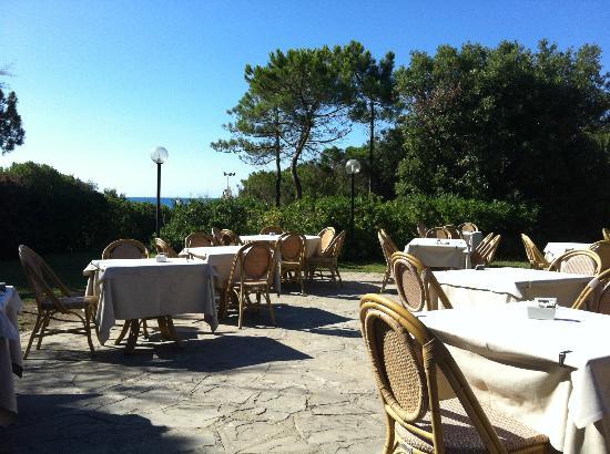 Roccamare Resort: vista durante la colazione