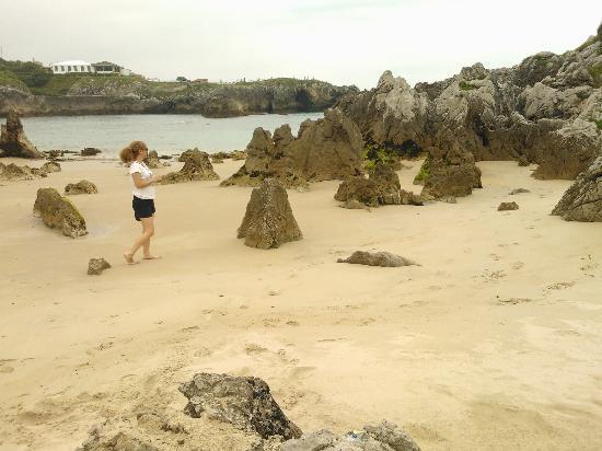 Playa de Toro : Formaciones rocosas playa de Toró