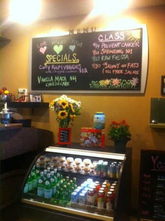 PuraVegan Cafe & Yoga