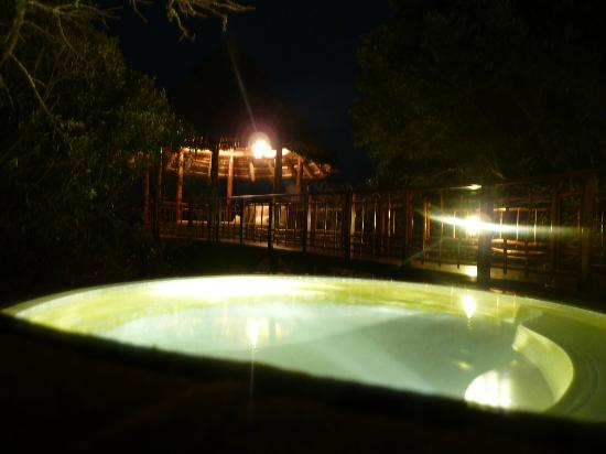 Thanda Safari: Private heated pool and Sala