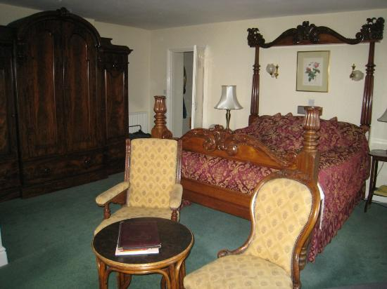 Windermere Hydro Hotel: Main bedroom