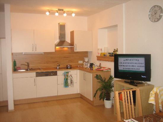 Haus Romanelli: Kitchen