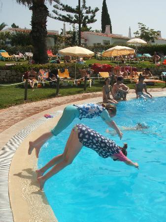 Rocha Brava Village Resort: Main pool