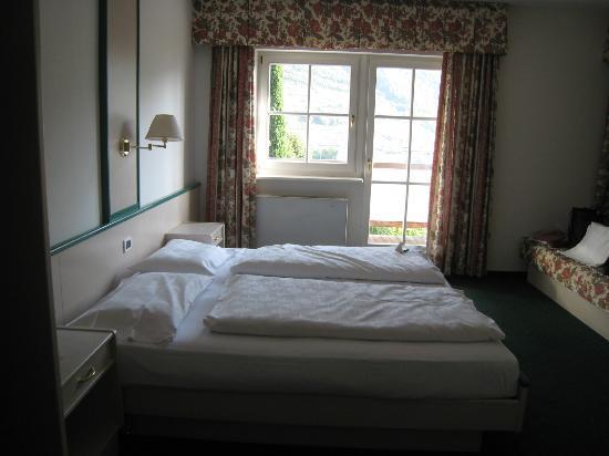 Magdalener Hof: Very plain room