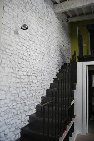 فيلا أروتش: l escalier 