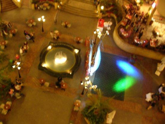 Steigenberger Nile Palace Luxor: Show de dança
