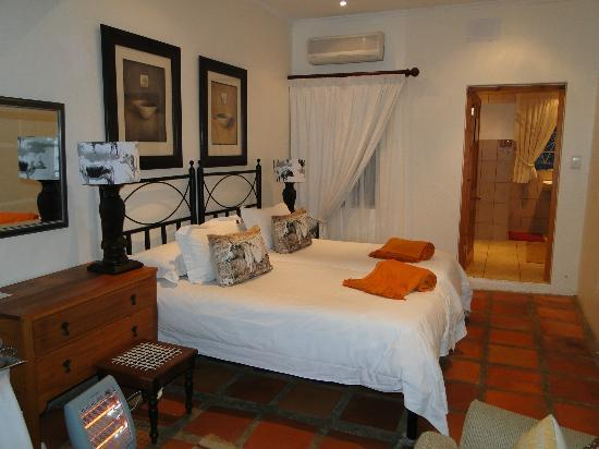 Thylitshia Villa Country Guesthouse: Chambre