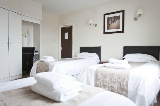 Maranatha House: Triple or Family Room