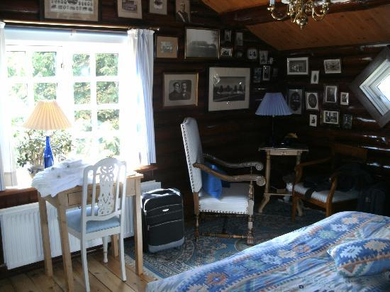 Finn's Pension Hotel: Bedroom 1