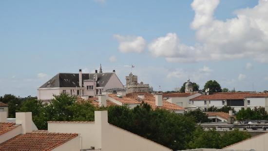Vue vers le centre ville picture of best western for Achat maison la rochelle centre ville