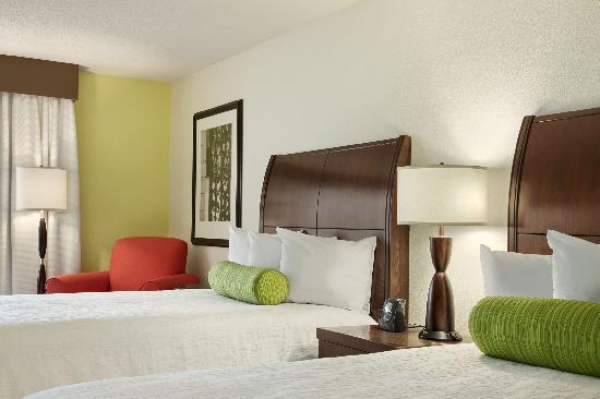 Hilton Garden Inn Hoffman Estates: Double/Double guestroom
