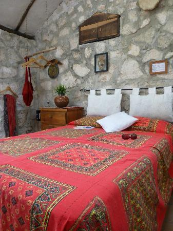 My 'bed-sit', Casitas Kinsol