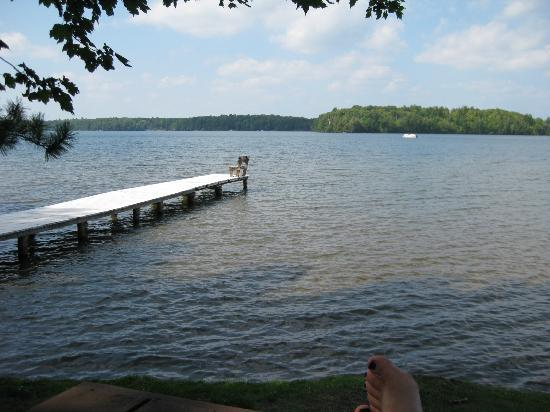 Dillman's Bay Resort: White Sand Lake - Shallow Swimming Area