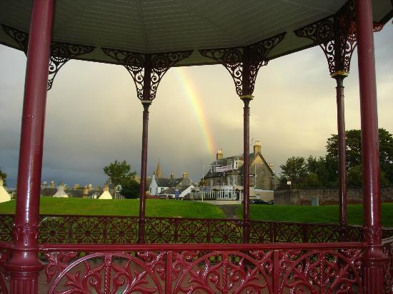 Braeval Hotel: Braeval from the Bandstand