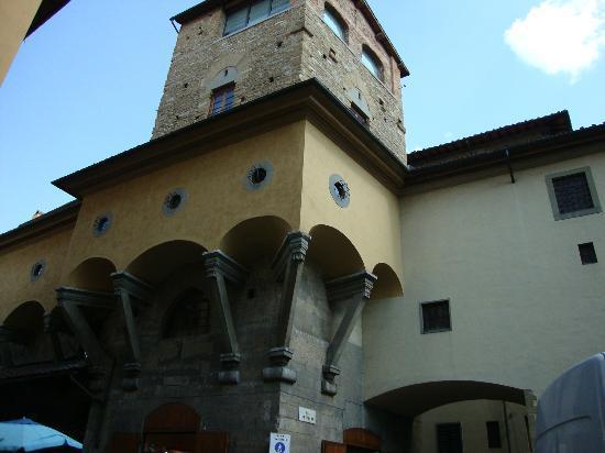 Corridoio Vasariano.