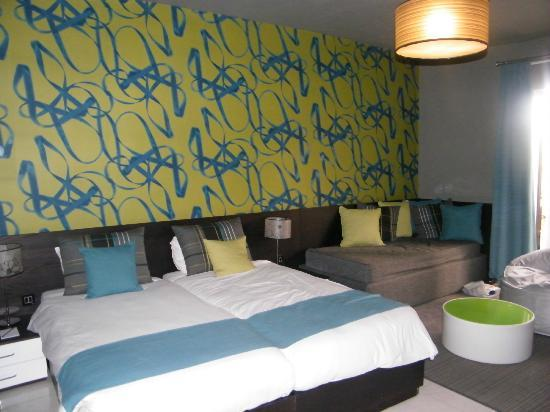 Argento Hotel: Love the decor ans comfy bed
